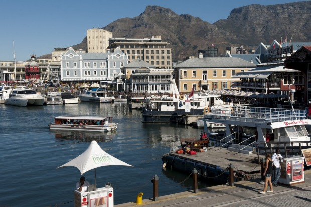 Victoria & Alfred Waterfront, Cape Town, South Africa: Live music, festivals, 80-odd eateries, hundreds of boutiques and ...
