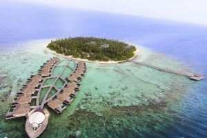 From the air, Outrigger Konotta resembles a canoe.