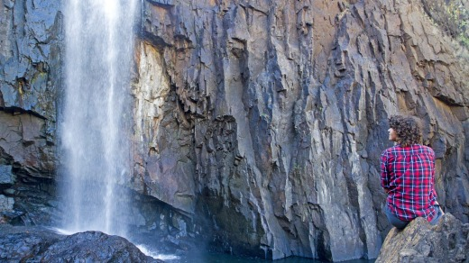 Hit cascade: The 17 Mile Falls on the Jatbula Trail.