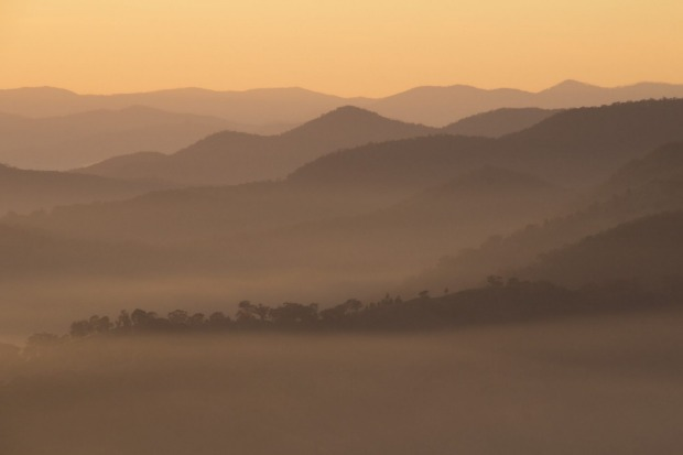A morning to remember at Lake Eildon. From a high vantage point we watched the world unfold before our eyes with the ...
