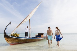Cruising on a dhoni in the Maldives isn't only for those with a rock-star budget.