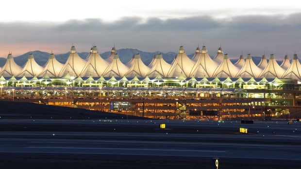 Denver Airport passengers bust United Airlines pilot standing naked at hotel window