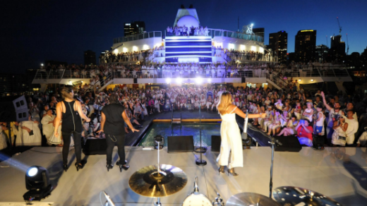 P&O pulled out all stops to celebrate the introduction of the Pacific Aria in Sydney.