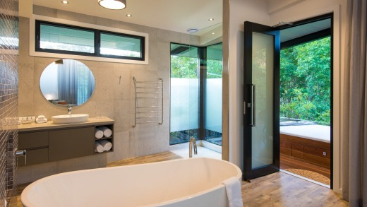 The bathroom of a meditation suite at the Gwinganna.
