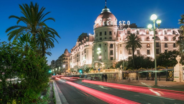hotel le negresco nice france the eccentric french hotel under the famous dome. Black Bedroom Furniture Sets. Home Design Ideas
