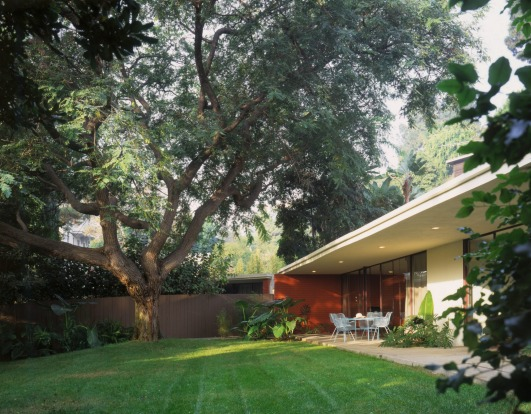 A bungalow with its own yard, Chateau Marmont.