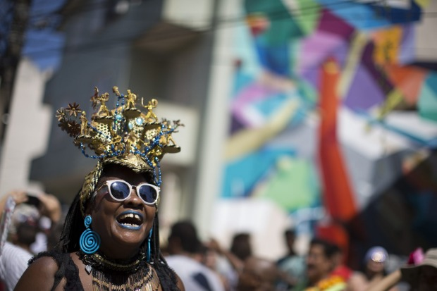 brazilian carnival essay Writing: lesson 31 you have to use these throughout your essay to the passage brazilian carnival states that they wear colorful costumes that.