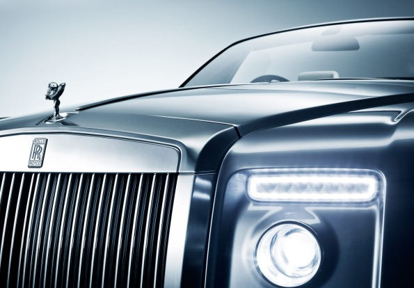 A Rolls-Royce Drophead is all part of Jonah's Ultimate Dining Experience.