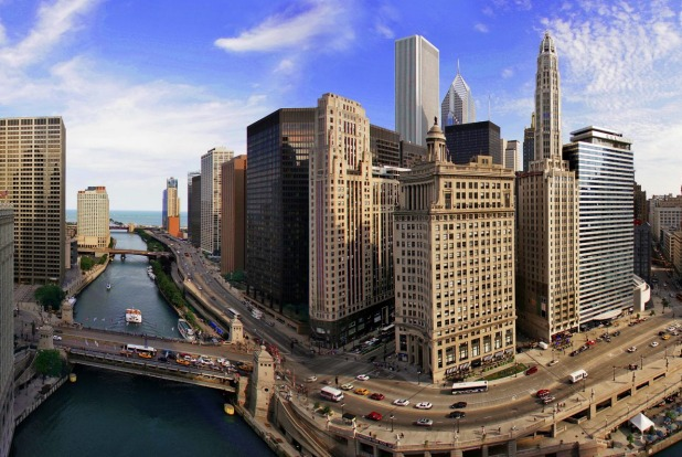 Trump International Hotel & Tower offers views over Chicago's river and Lake Michigan.
