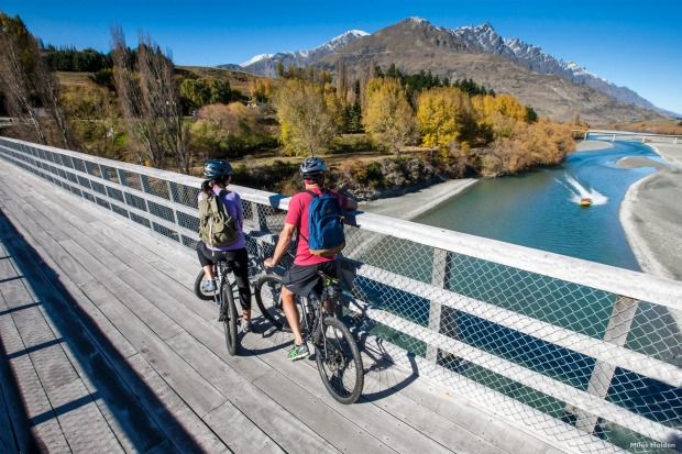 The Twin Rivers Ride hugs the edge of two amazing rivers the Kawarau River and the Shotover – where adrenalin junkies ...