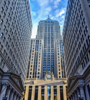 Chicago Board of Trade Building along La Salle Street, featured in <i>The Untouchables</i>.