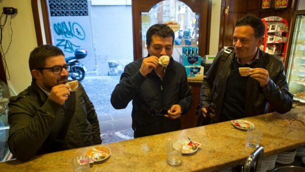 When in Naples: An espresso bar.