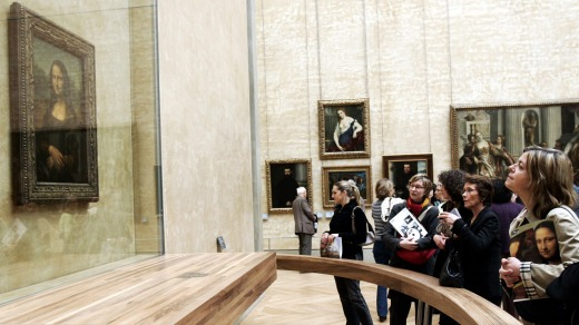 If you start with Leonardo Da Vinci's Mona Lisa, you'll get there early enough to see it through the smartphones.