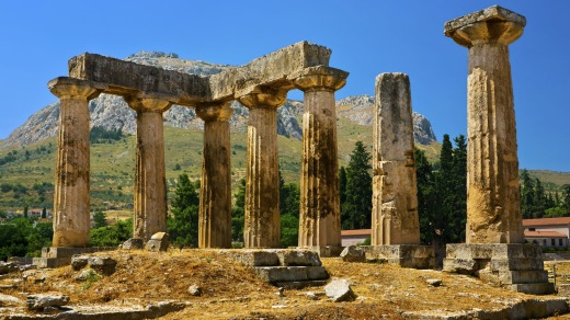 Ancient sites such as the Temple of Apollo, Corinth, can be enjoyed regardless of the time of year.