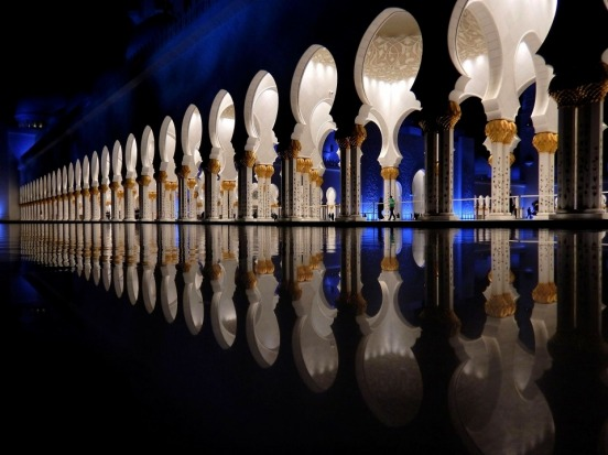 After a day of sightseeing in Abu Dhabi I didn't really feel like going out again to see the Grand Mosque at night. ...