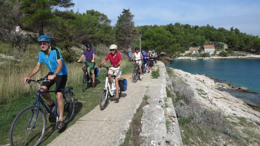 Cycling along the coastline of Losinj.