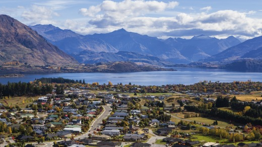 Wanaka Township and Lake Wanaka.