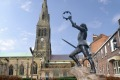 The king is dead: A statue of King Richard III outside Leicester Cathedral.