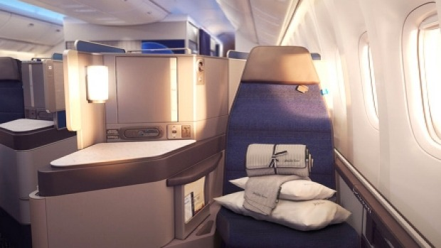 United has unveiled its new Polaris international business class cabin featuring new custom designed seats.