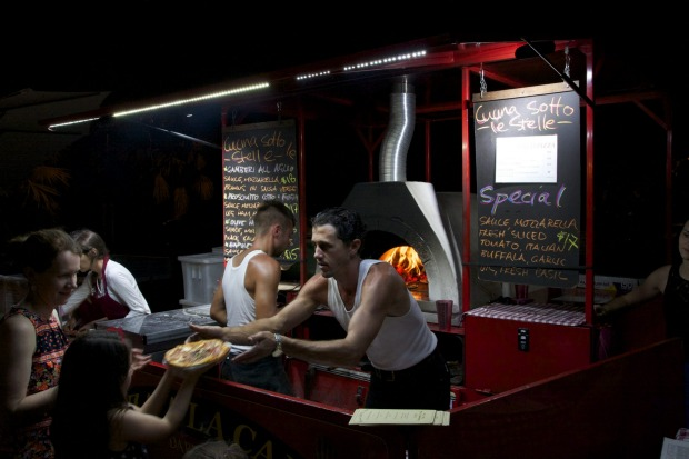 Cucina Sotto Le Stelle: Bringing a touch of Tuscany to the Nightcliff foreshore, Cucina Sotto Le Stelle (Kitchen Under ...