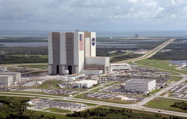 NASA Vehicle Assembly Building, Florida: Other vehicles require buildings significantly larger than your average ...