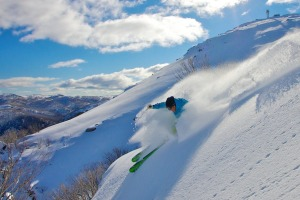 Steve Lee flies through powder at Falls Creek.