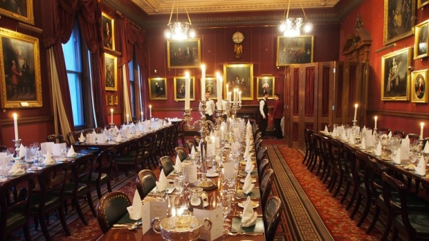 London 39 s garrick club an exclusive invitation to a not so for Best private dining rooms west end london