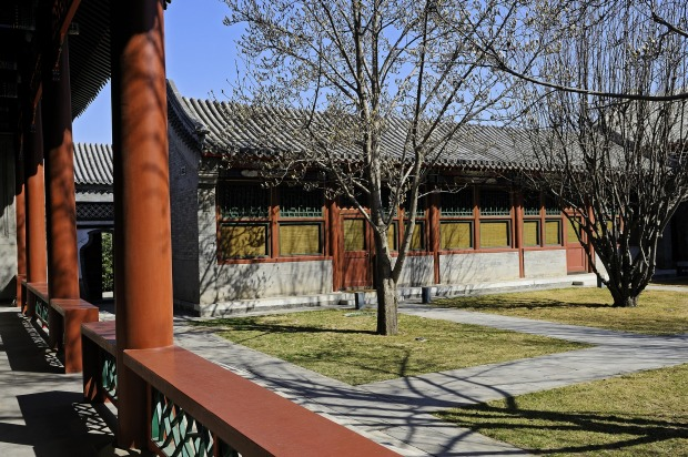 The architecture of Aman Summer Palace reflects the design of the former imperial residence next door.