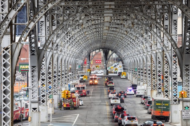 A view along steel structure of the viaduct in Harlem.