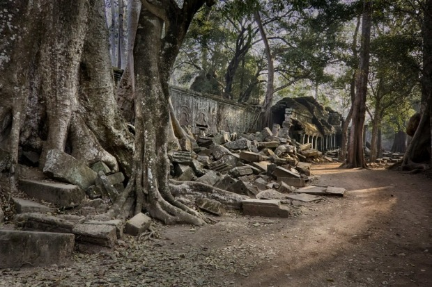 In February I spent a few days in Siem Reap, planning to see and photograph the temples and ruins of Angkor. ...