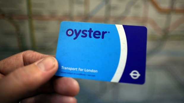 Travel Tips Should You Buy An Oyster Card Before You Arrive In London