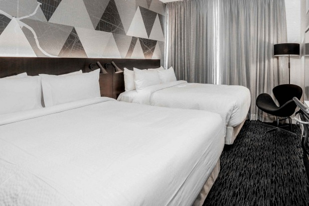 Courtyard by Marriott Long Island City: It's well-known that Long Island City in Queens is on-the-verge of being the new ...
