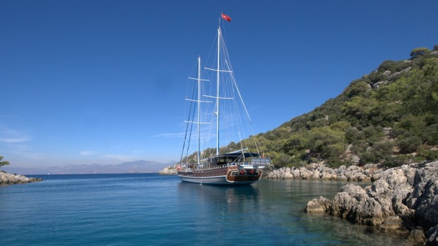 Exploring Turkey by gulet with Peter Sommer Travels.