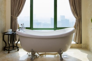 Five-star accommodation at the Ritz-Carlton Kuala Lumpur can come at a remarkably affordable price.