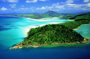 016\016703 TITLE Aerial of Hill Inlet & Whitehaven Beach SUBHEAD Whitsunday Island KEYWORDS Top Shot; Aerial; Scenery ...