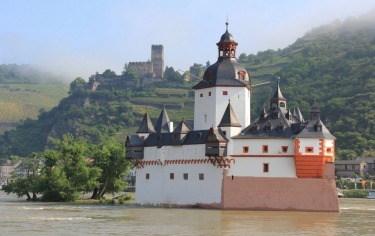 On a recent journey up the Rhine Gorge in Germany, we were thrilled to see so many superb old castles on both sides of ...