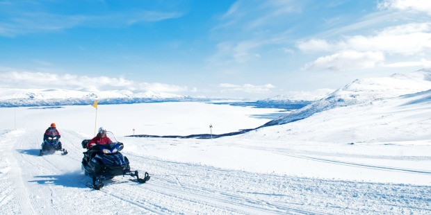 Snowmobiling is fun and easy even for beginners.