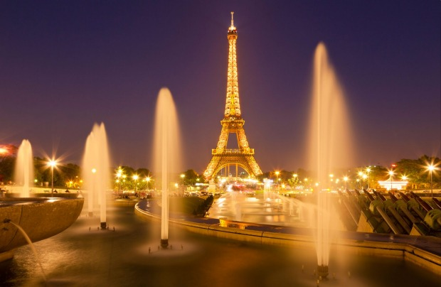 The Eiffel tower with Trocadero fountains, Paris.