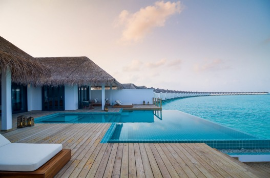 FINOLHU: A family-friendly, living-large resort on a speck of an island.