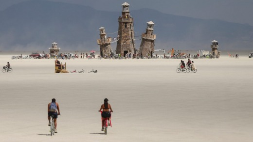 In the United States, Burning Man - canceled in 2021 - is expected to return in August / September 2022.