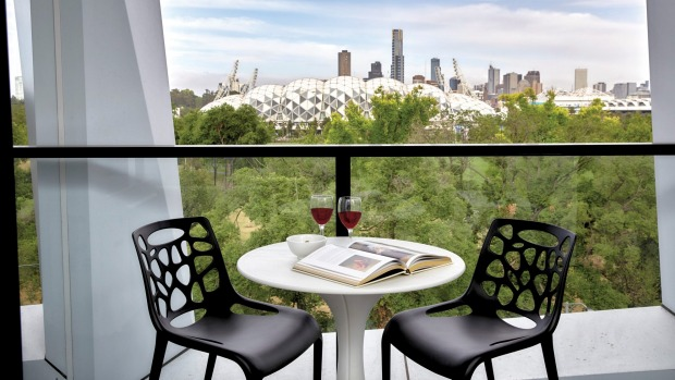 Commanding views across to the CBD skyline.