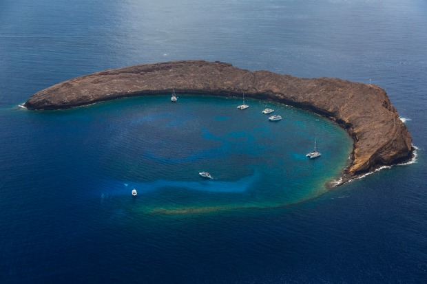 Molokini Crater, Maui, Hawaii.
