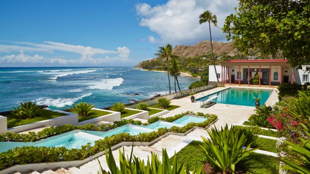Hawaiian architecture great buildings beyond beaches for Pool design honolulu