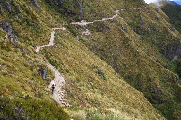 OLD GHOST ROAD, NEW ZEALAND. New Zealand's ever-growing cycling network now includes this wonderful multi-day ...