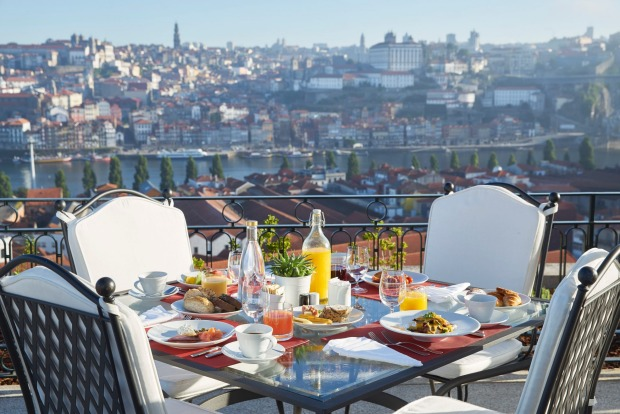The Yeatman: Breakfast on the fourth-floor terrace.