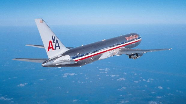 An American Airlines B767-300
