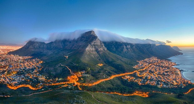 TABLE MOUNTAIN, CAPE TOWN, SOUTH AFRICA  WHAT IS IT A 600 million-year-old mountain, supposedly one of the planet's 12 ...