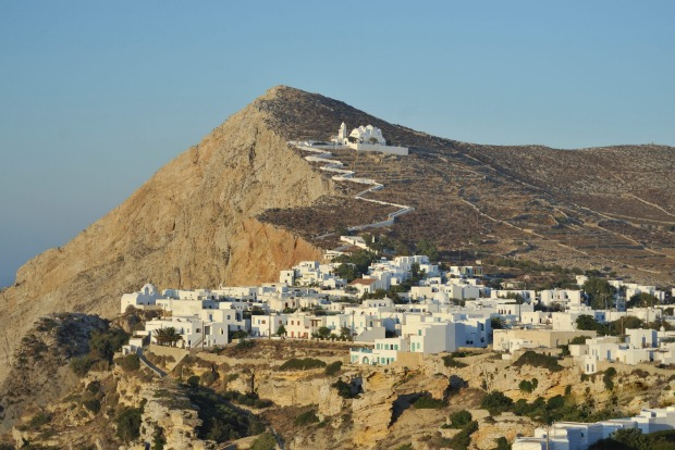 Folegandros lies on the southern edge of the Cyclades with the Sea of Crete sweeping away to its south.
