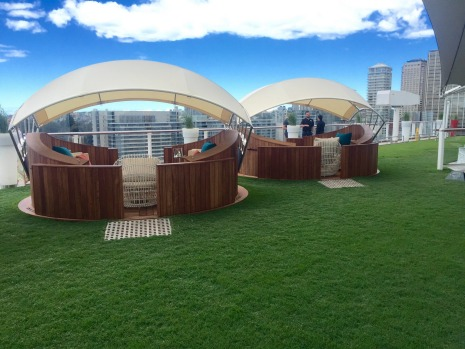 The Lawn Club Cabanas, Celebrity Solstice.