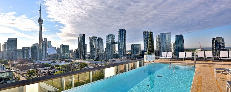 The rooftop pool at The Thompson, Toronto.